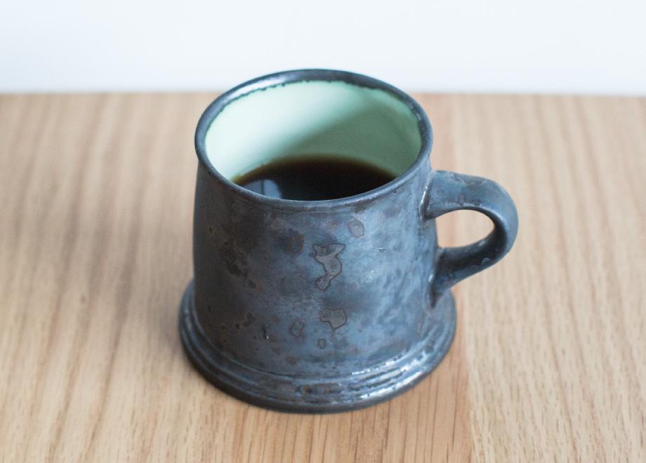 栃木県日光市にある老舗の珈琲焙煎所「日光珈琲」とFUJIYA HOSTELを運営するisland companyでオリジナルブレンドしたコーヒー